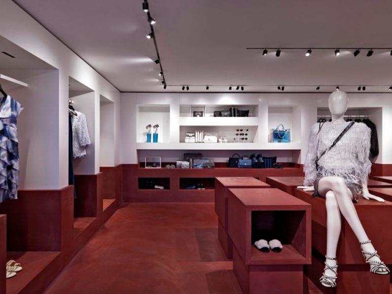 01_Boutique_Chanel_Capri2018_0001_HD