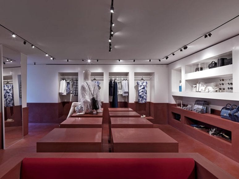04_Boutique_Chanel_Capri2018_0010_LD